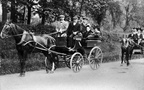 Carriages; (in 1st is Lucy Anne Bubb, nee Viner; in 2nd Mr & Mrs Bubb - son & daughter-in-law); date tbc (J0812171E08)